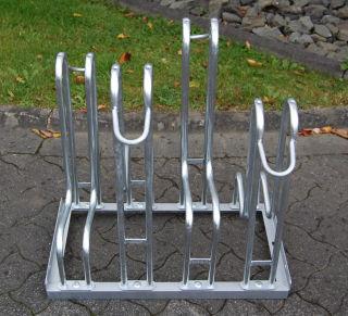 Standparker 4156 für zweiseitige Radeinstellung, Feuerverzinkter Stahl, 6 Einstellplätze (3 pro Seite)