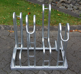 Standparker 4160 für zweiseitige Radeinstellung, Feuerverzinkter Stahl, 10 Einstellplätze (5 pro Seite)