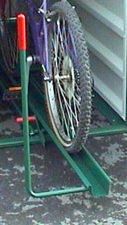Einfahr-Vorrichtung für Fahrrad-Abstellbox