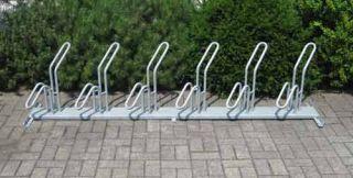 Fahrrad-Rohrparker als Reihenparker 6 Radeinstellplätze einseitig verzinkt, schräg links