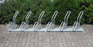 Fahrrad-Rohrparker als Reihenparker 6 Radeinstellplätze einseitig verzinkt, schräg links Verpackungseinheit 3 Stück