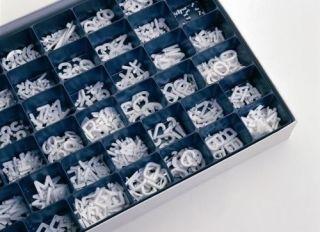 Legamaster Buchstabenkasten, 560 Buchstaben und Ziffern, H 20 mm.